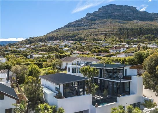 Thumbnail Property for sale in 25 Skaife St, 7945 Hout Bay, South Africa