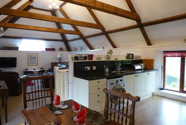 2 bed barn conversion to rent in Spaxton, Bridgwater TA5