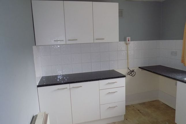 Kitchen of Hall Lane, Shipley BD18