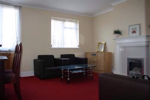 Thumbnail Flat to rent in Coborn Road, London