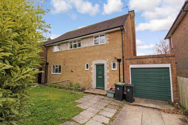 4 bed detached house to rent in Treves Road, Dorchester, Dorset DT1