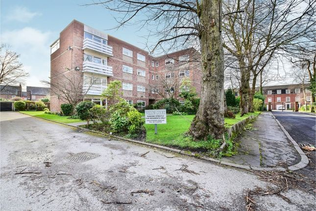 Thumbnail Flat for sale in Willow Bank, Manchester