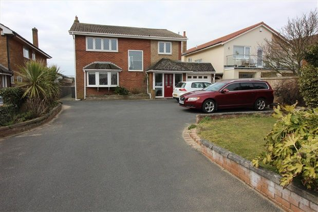 Thumbnail Property for sale in Clifton Drive North, Lytham St. Annes