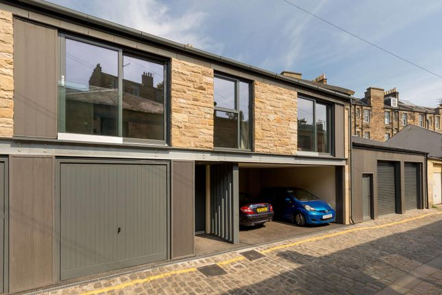 Thumbnail Terraced house for sale in Broughton Place Lane, Edinburgh, Midlothian