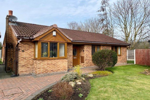 3 bed bungalow to rent in The Crofters, Sale M33