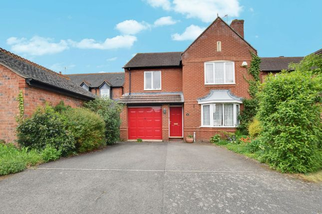 Thumbnail Detached house for sale in Whitehead Drive, Wellesbourne, Warwick