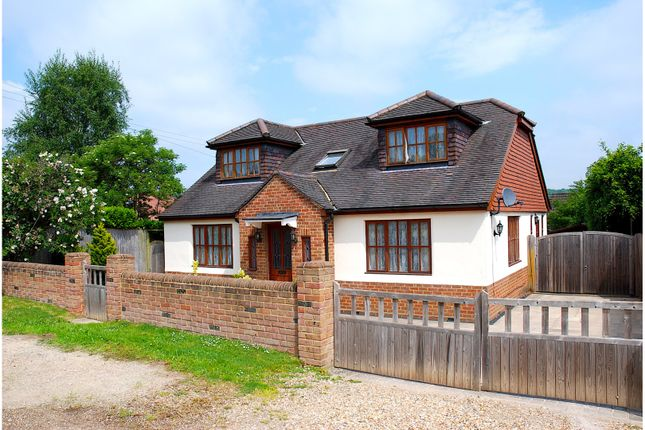 Thumbnail Detached house for sale in Home Farm Road, Berkhamsted