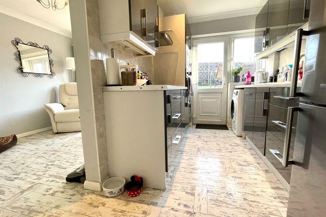 Kitchen of Park Road, Raunds, Wellingborough NN9