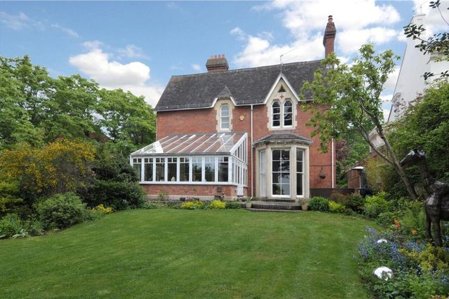 Thumbnail Detached house for sale in Lansdowne Crescent, Worcester