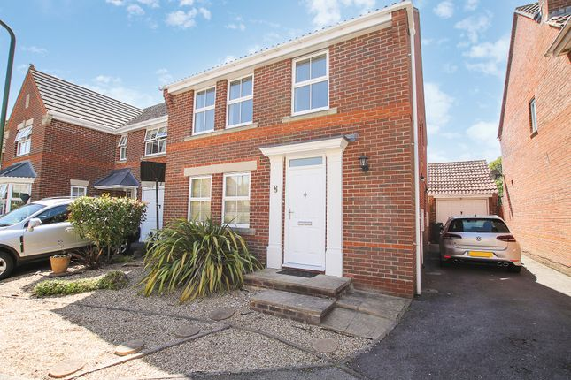 Thumbnail Detached house to rent in Hollyacres, Worthing
