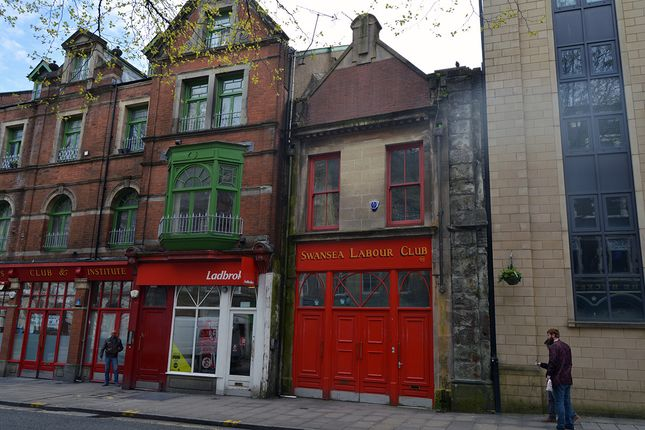 Thumbnail Pub/bar for sale in Wind Street, Swansea