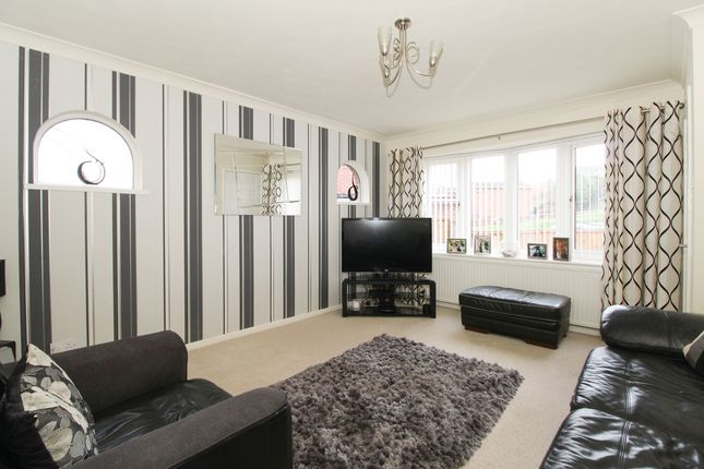 Thumbnail Link-detached house for sale in Pingle Road, Killamarsh, Sheffield