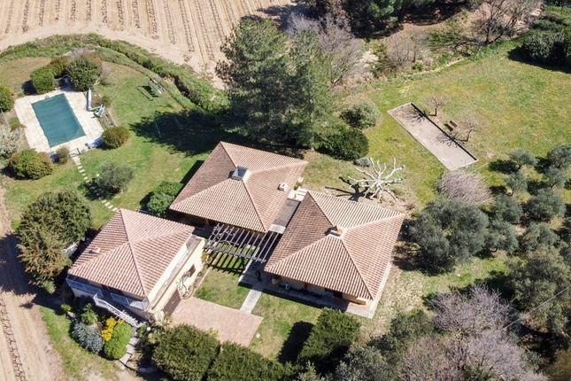 Thumbnail Villa for sale in Les Aumarets, Cogolin, Grimaud, Draguignan, Var, Provence-Alpes-Côte D'azur, France