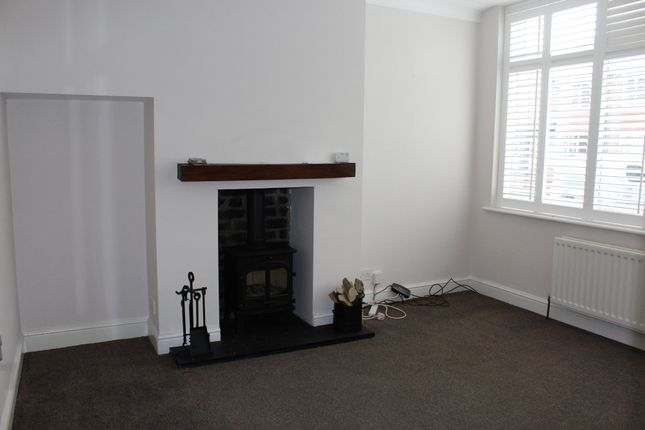 3 bed semi-detached house to rent in Eastward Green, Whitley Bay