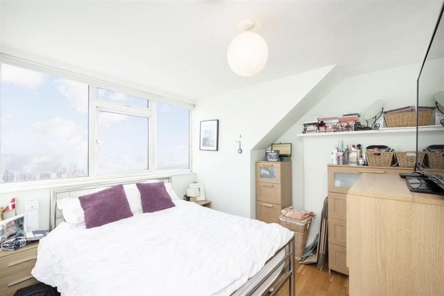 Bed 1 of Tara House, High Road, Leyton, London E10