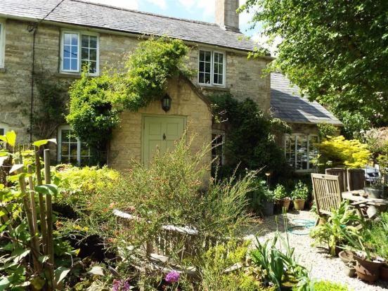 Thumbnail Cottage to rent in Simons Lane, Shipton-Under-Wychwood
