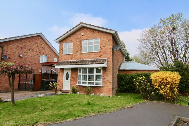 Thumbnail Detached house for sale in Potton Close, Willenhall, Coventry