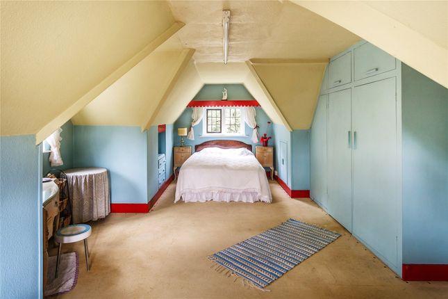 Bedroom of Givons Grove, Leatherhead, Surrey KT22