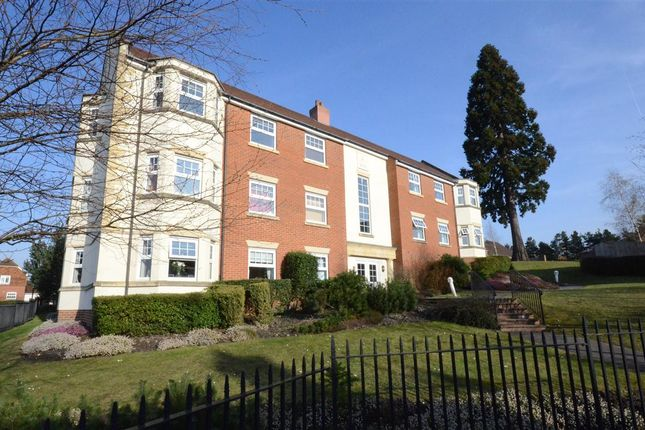 Thumbnail Flat to rent in Bromfield Place, Fleet