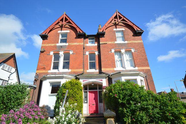 1 bed flat for sale in Avenue Victoria, Scarborough YO11