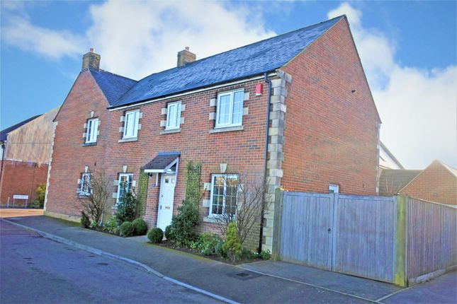 Thumbnail Semi-detached house for sale in Wincombe Lane, Shaftesbury