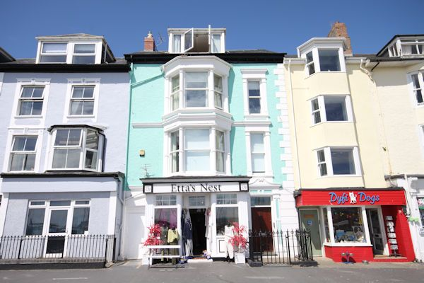 Thumbnail Town house for sale in Glandovey Terrace, Aberdovey Gwynedd