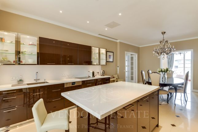 Equipped Kitchen And Dining Area
