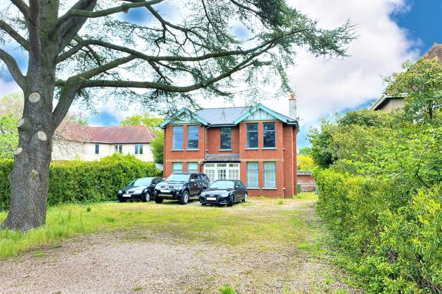Thumbnail Detached house for sale in Sunhill Lane, Topsham, Exeter