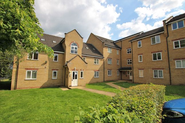 Thumbnail Flat for sale in Kirkland Drive, Enfield