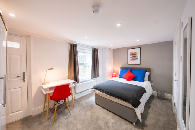 Room to rent in Mason Street, Reading