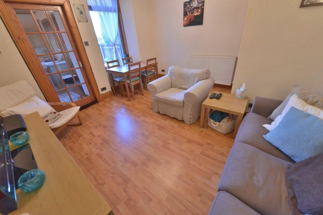 Thumbnail Flat for sale in Salisbury Street, Kirkcaldy