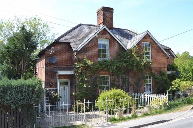 Thumbnail Cottage for sale in Winchester Road, Kingsclere, Berkshire