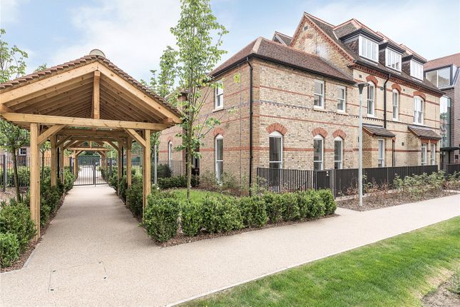 Thumbnail Mews house for sale in Roseneath Mansions, Woodside Square, London