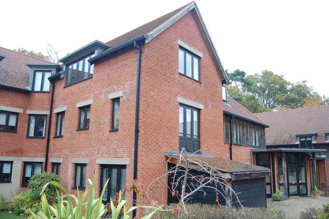 Thumbnail Flat for sale in Ipswich Road, Woodbridge, Suffolk