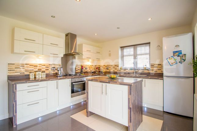 Thumbnail Detached house for sale in Hazel Fold, Queensbury, Bradford