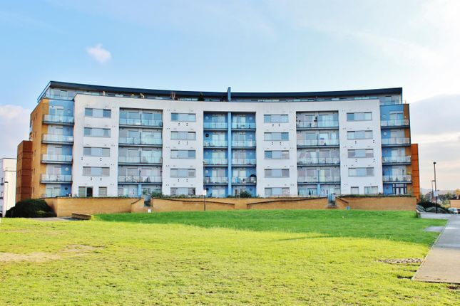 Thumbnail Flat for sale in Tideslea Path, West Thamesmead, London