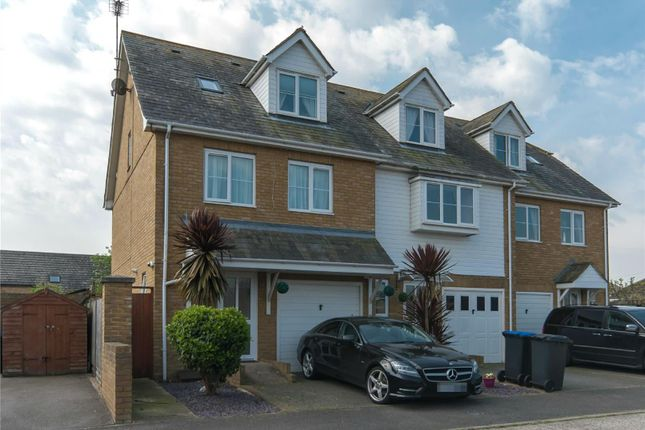 Thumbnail Town house for sale in Kingfisher Close, Garlinge, Margate