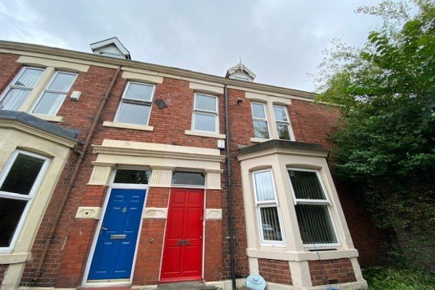 Thumbnail Flat to rent in Sandyford Road, Newcastle Upon Tyne