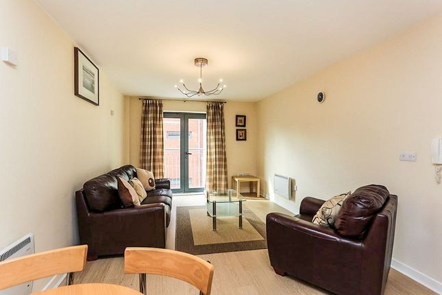 2 bed flat to rent in Vicar Lane, Sheffield
