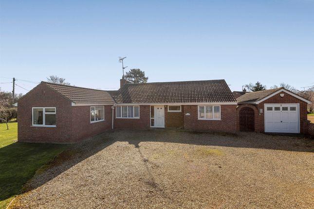 Thumbnail Detached bungalow for sale in Beach Road, Holme Next The Sea, Hunstanton