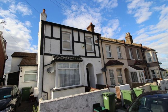 Thumbnail Flat to rent in Ruskin Road, Belvedere