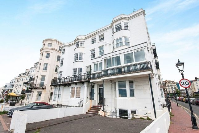 Thumbnail Flat to rent in Marine Parade, Brighton