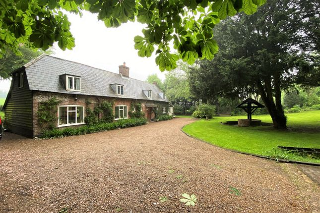Thumbnail Detached house for sale in Little Haynes, Shepherdswell