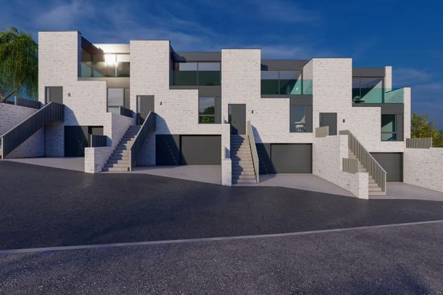 Thumbnail Terraced house for sale in Baberton Avenue, Juniper Green, Midlothian