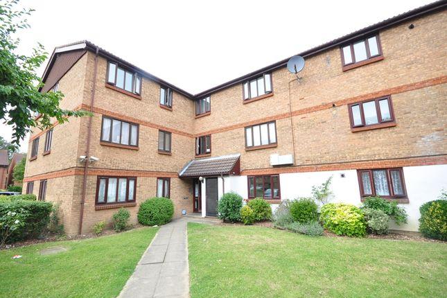 Thumbnail Flat to rent in Burnham Gardens, Addiscombe, Croydon