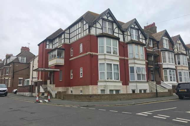 Thumbnail Duplex to rent in Egerton Road, Bexhill-On-Sea
