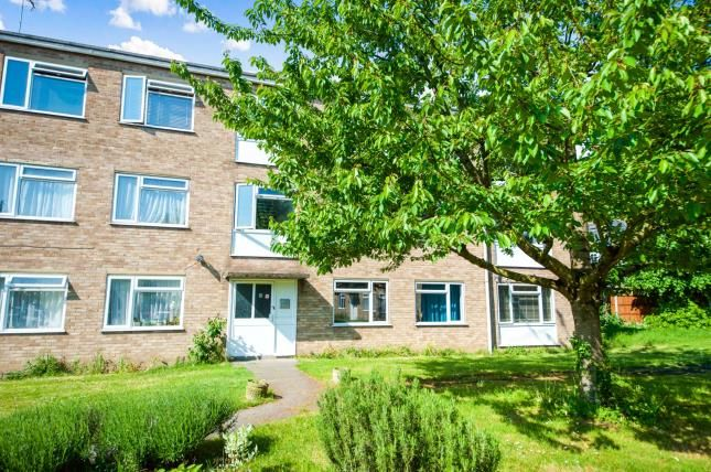 Thumbnail Flat for sale in Leyton, Waltham Forest, London