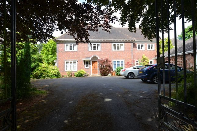 Thumbnail Detached house to rent in Westwood Park Road, Peterborough