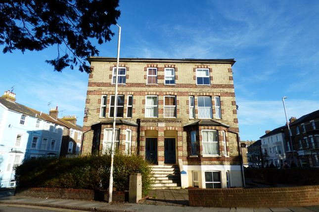 1 bed flat to rent in Ramsgate Road, Broadstairs