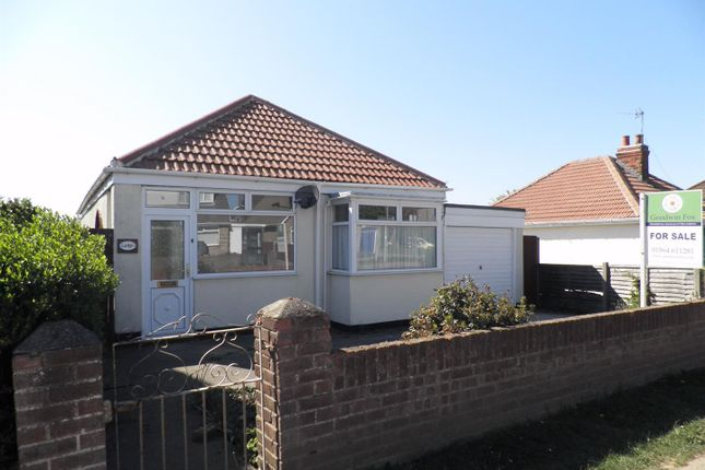 Thumbnail Detached bungalow to rent in Hollym Road, Withernsea